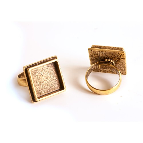 Square Traditional Ring