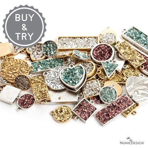_52F0432_buytry-glitter-roxs-beauty-logo